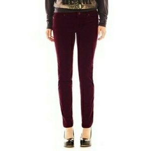 Buffalo Red skinny Corduroy Skinny Mid-Rise Pant